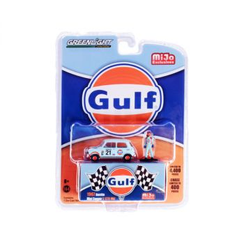 1967 Austin Mini Cooper S 1275 Mkl RHD (Right Hand Drive) #21 Gulf Oil and Driver Figurine Limited Edition to 4400 pieces Worldwide 1/64 Diecast Model Car by Greenlight 51378