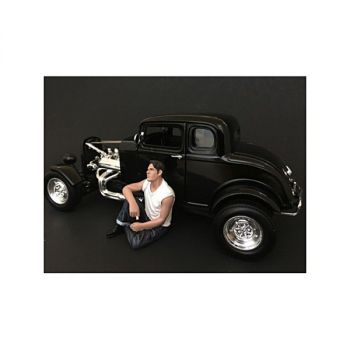 50\'s Style Figurine V for 1/24 Scale Models by American Diorama 38255