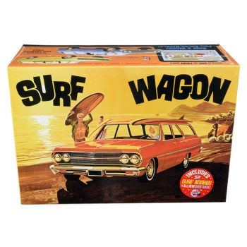 Skill 2 Model Kit 1965 Chevrolet Chevelle Surf Wagon with Two Surf Boards 4 in 1 Kit 1/25 Scale Model by AMT AMT1131