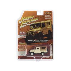 1980 Toyota Land Cruiser Dune Beige with Brown Top Limited Edition to 2,400 pieces Worldwide 1/64 Diecast Model Car by Johnny Lightning JLCP7316
